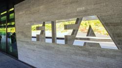 رسمياً.. فيفا يقاضي بلاتر وبلاتيني لاستعادة مليوني فرنك
