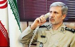 وزير الدفاع الايراني يهاتف نظيره العراق ويبلغه امرا