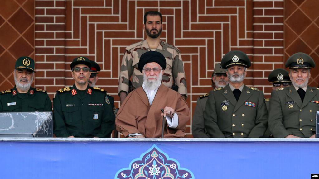 """ليس برنامجها الصاروخي.. دراسة تضع اليد على """"اقوى سلاح لإيران"""" وعلاقته بالعراق"""