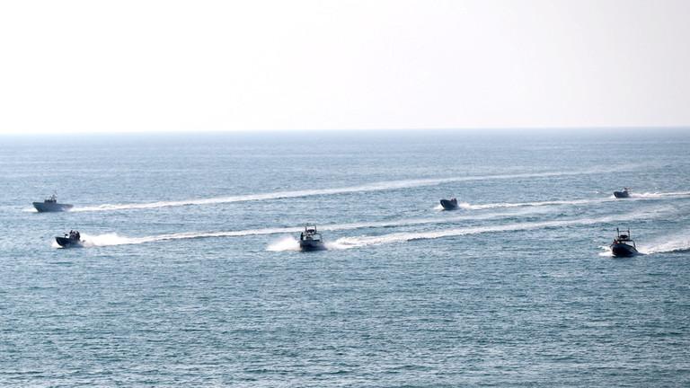 مناورات عسكرية ايرانية - روسية في الخليج وهرمز رداً على خطوة واشنطن ولندن