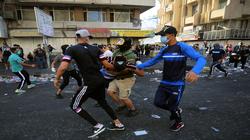 """خطوة """"موجهة"""" من الصدر للمحتجين ومساع لاقالة وزراء ومسؤولين كبار"""