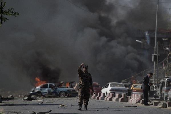 طالبان تعلن مسؤوليتها عن هجوم على الشرطة الأفغانية أوقع 95 مصابا