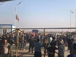 محتجون يغلقون حقلا نفطيا جنوب العراق ويمنعون دخول او خروج العاملين