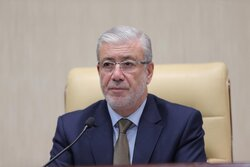 البرلمان العراقي يؤكد المخاوف بشأن رواتب الموظفين