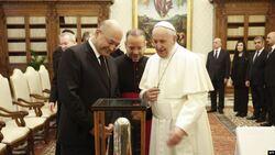 بابا فاتيكان يتوجه بطلب مفاجئ للرئيس العراقي