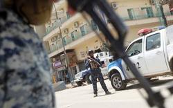 """الاطاحة بثلاثة """"ارهابيين"""" في طريق موصل - بغداد"""