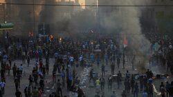 الأمن العراقي يفرق بالقوة اول احتجاج ببغداد بعد كلمة عبدالمهدي