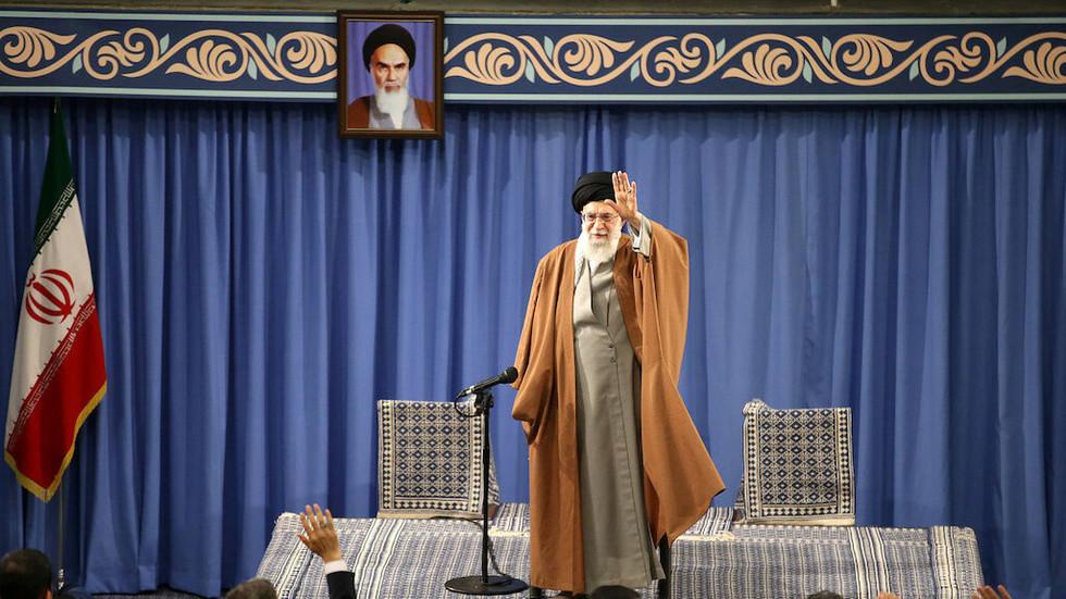 خامنئي: إيران لن تدخل مطلقا في محادثات مع امريكا
