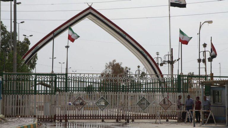 """إيران تعيد فتح معبر """"خسروي"""" مع العراق"""