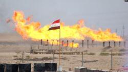 """كورونا يضع العراق على حافة """"كارثة"""".. وخيارات الحل قد تؤجج الشارع"""
