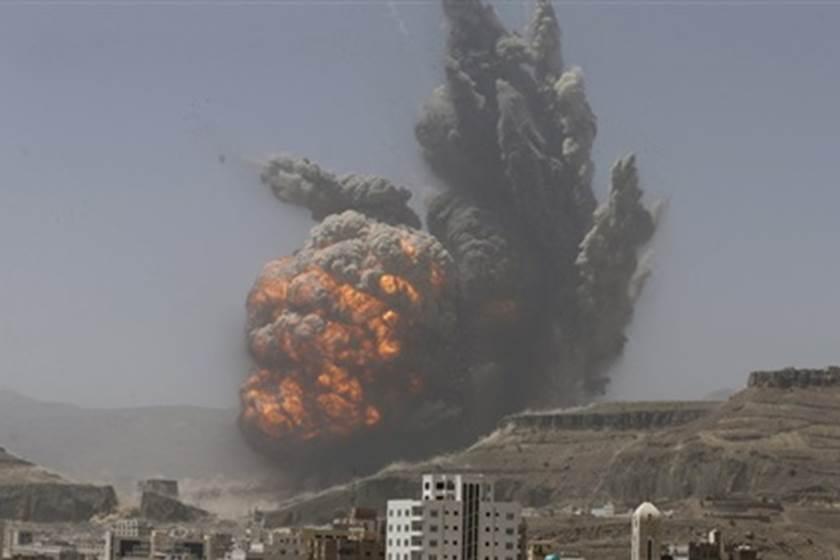غارات تقتل عناصر موالية للقوات السورية قرب الحدود مع العراق
