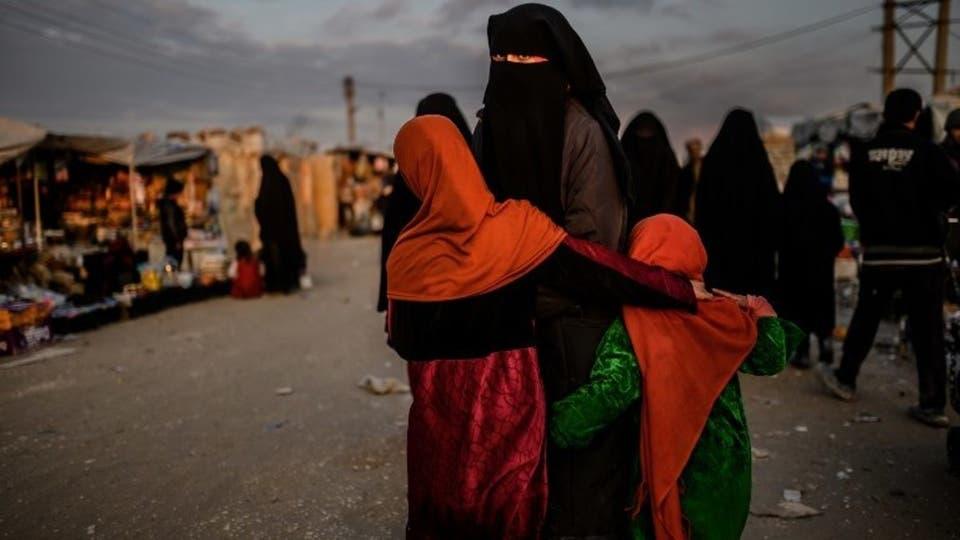 """السجن 15 عاما لأذريه عملت ممرضة لصالح """"داعش"""" في العراق"""