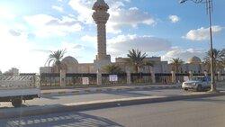 بين مدرسة دينية ومول واسواق .. صراع على استثمار جامع شيده صدام بمسقط رأسه