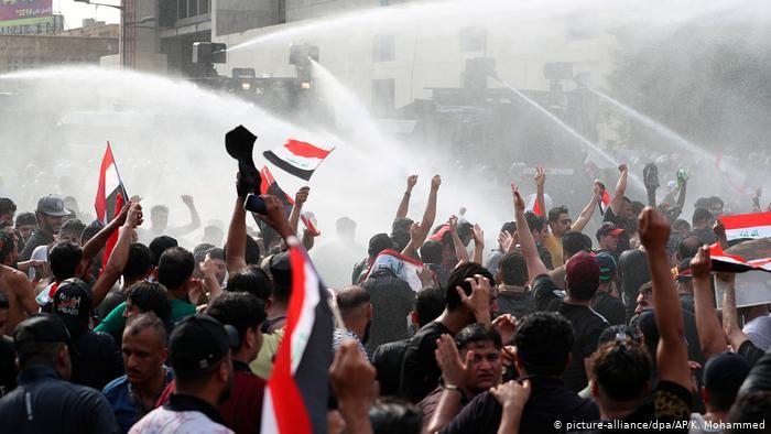 Internet services return to Iraq