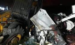 5 وفيات بحادث تصادم مروّع في الديوانية.. صور +18