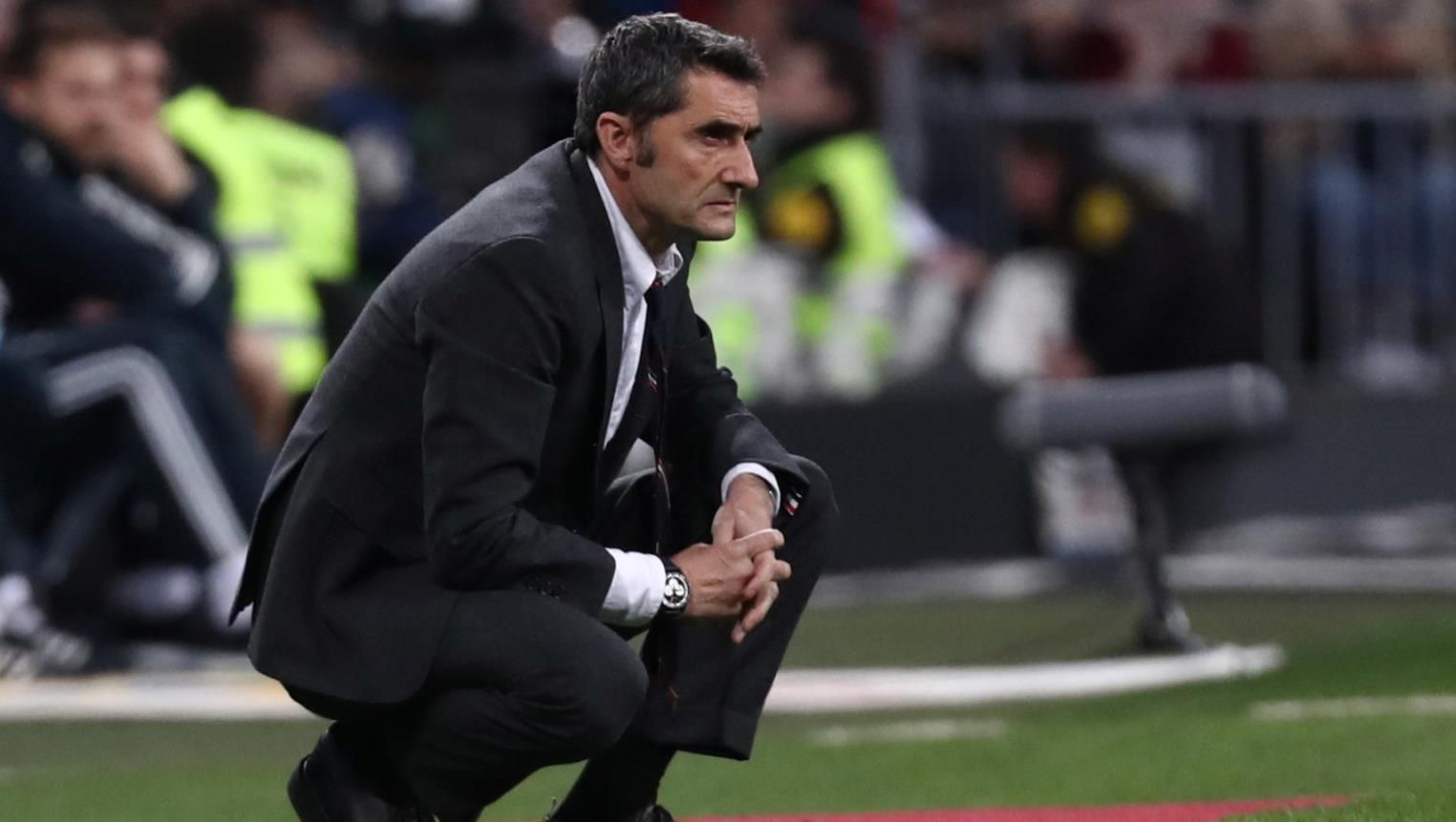 مدرب برشلونة يرغب ببيع أكثر لاعبيه مشاركة