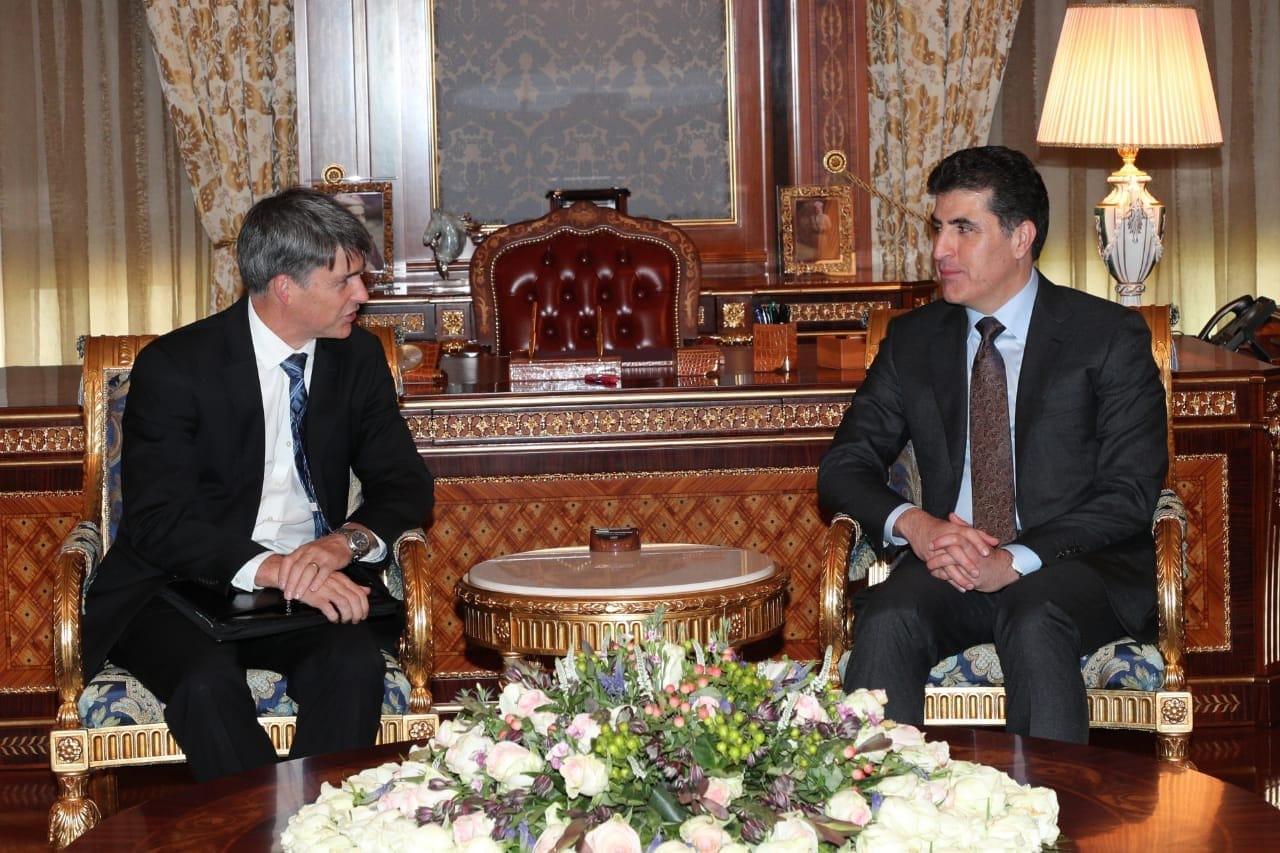 بارزاني يبحث مع مبعوث امريكي الاوضاع العراقية والعلاقات بين كوردستان وبغداد