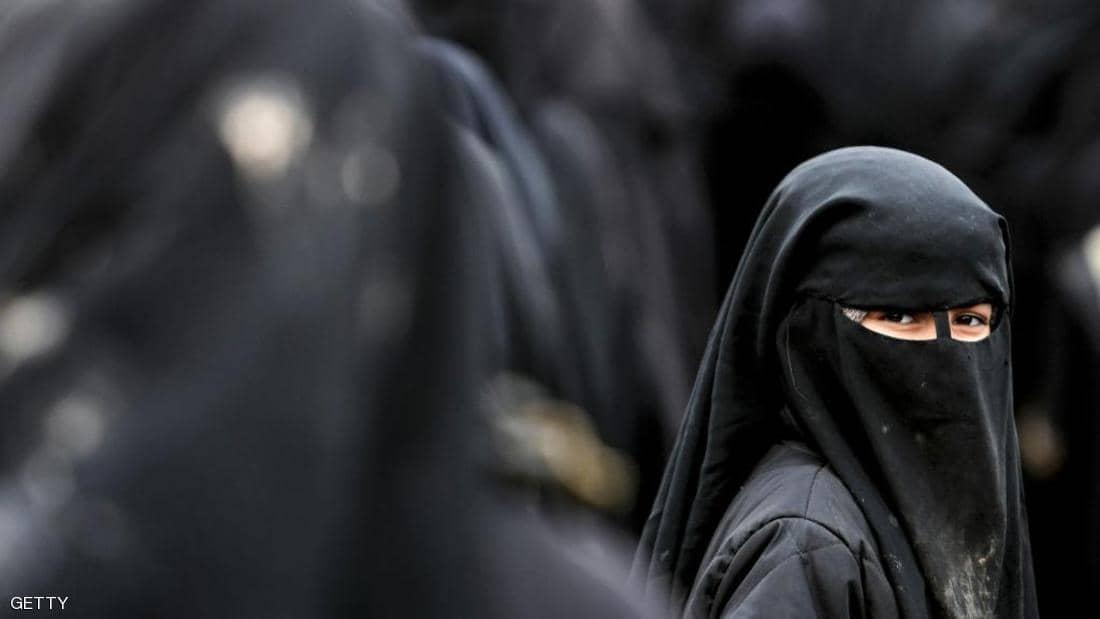 تحذيرات من نقل نساء داعشيات بايعن البغدادي من سوريا الى العراق