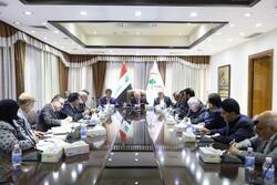 العراق يحظر دخول الايرانيين من الحدود البرية لمدة اسبوعين ويستثني فئة