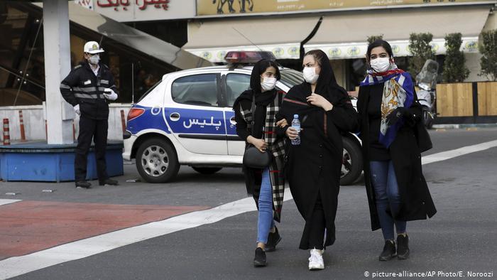 ايران تسجل اكبر معدل إصابات بكورونا منذ تفشي الفيروس