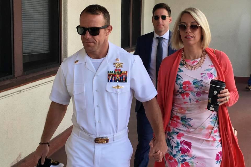 تبرئة قائد العمليات البحرية الامريكية من جرائم الحرب المنسوبة اليه في العراق