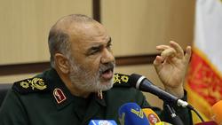 """قائد الحرس الثوري الإيراني يهدد بـ""""إبادة"""" أربع دول"""