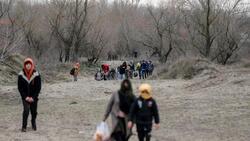 تركيا: أكثر من 130 ألف لاجئ عبروا إلى اليونان