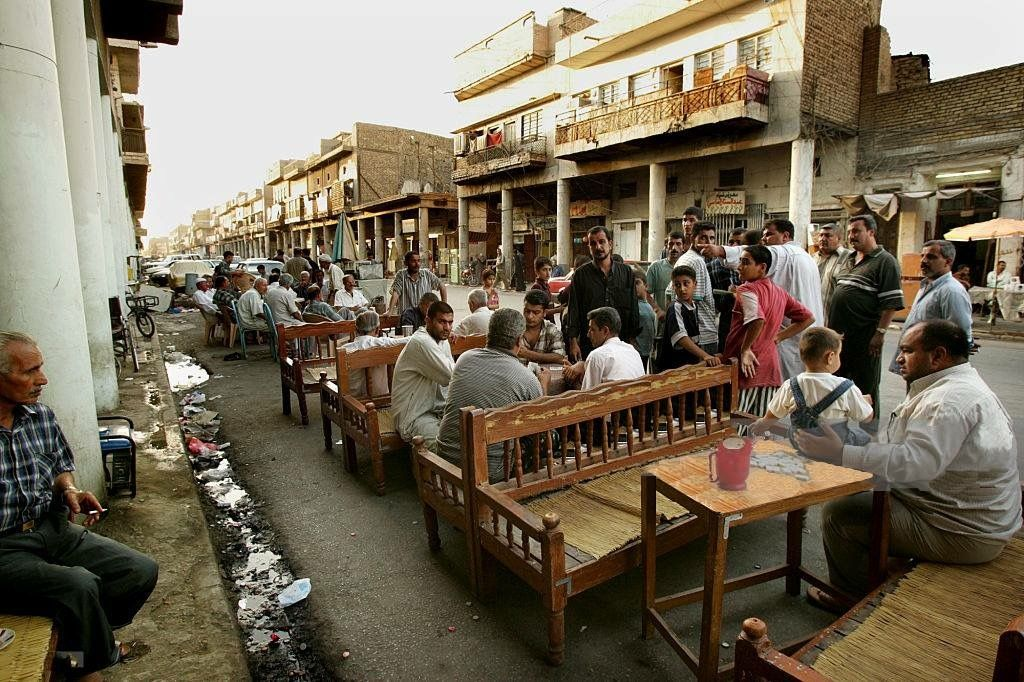 Baghdad closes cinemas, cafes and clubs