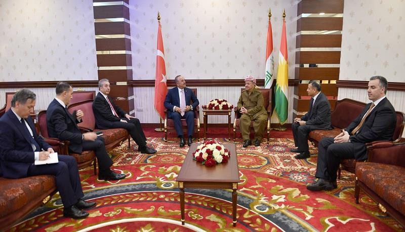 أوغلو يؤكد لبارزاني مكانة اقليم كوردستان لدى تركيا