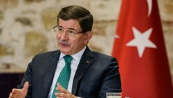 اوغلو يدعو لتحسين علاقات تركيا مع الكورد واقليم كوردستان