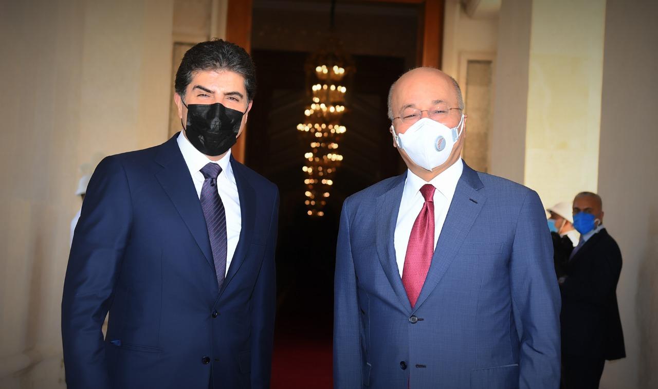 بارزاني وصالح يتفقان على حل الخلافات العالقة بين اربيل وبغداد عبر ثلاثة سبل