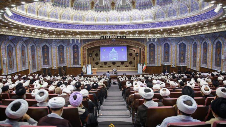 الحوزة الدينية في إيران: وضعنا المالي حرج للغاية