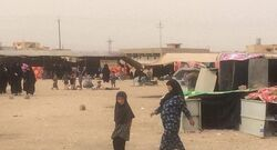 """34 أسرة عراقية نازحة ترفض العودة إلى """"مرمى النار"""""""