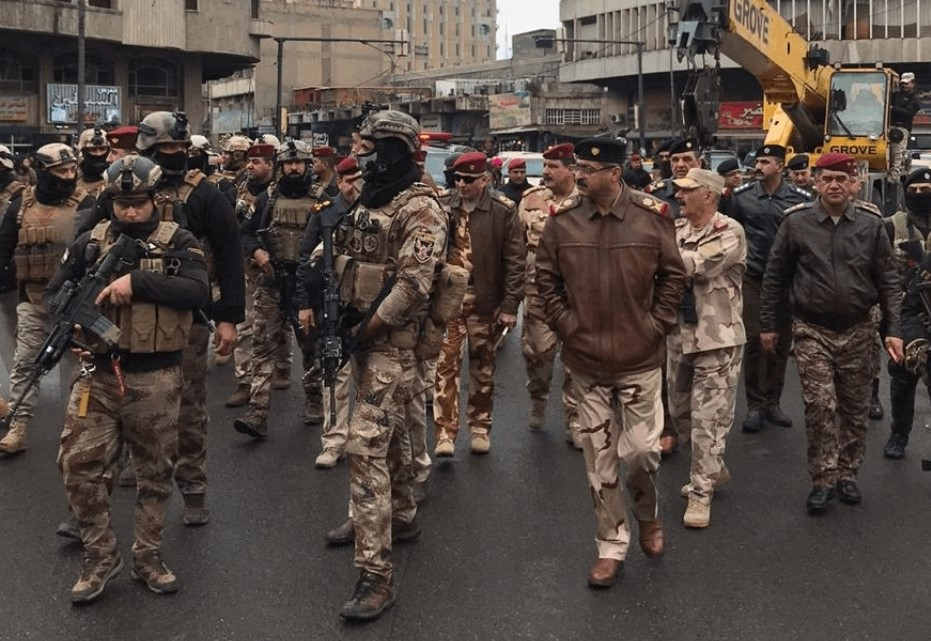 """""""Riot"""" forces try to storm Tahrir Square in Baghdad"""