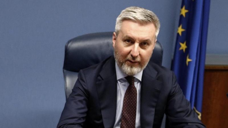 وزير الدفاع الايطالي يصل أربيل