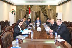 Iraq announces opening a bank account to collect donations to combat Corona