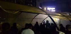 بعد حرق خيامهم .. محتجو الناصرية يستبدلونها بالبناء (صور)