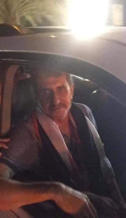 صور .. الفريق الركن عبد الوهاب الساعدي يتواجد وسط متظاهرين في بغداد