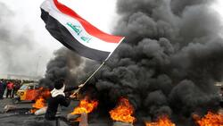 البصرة.. حرق خيام ومصادمات عنيفة بين الأمن والمتظاهرين