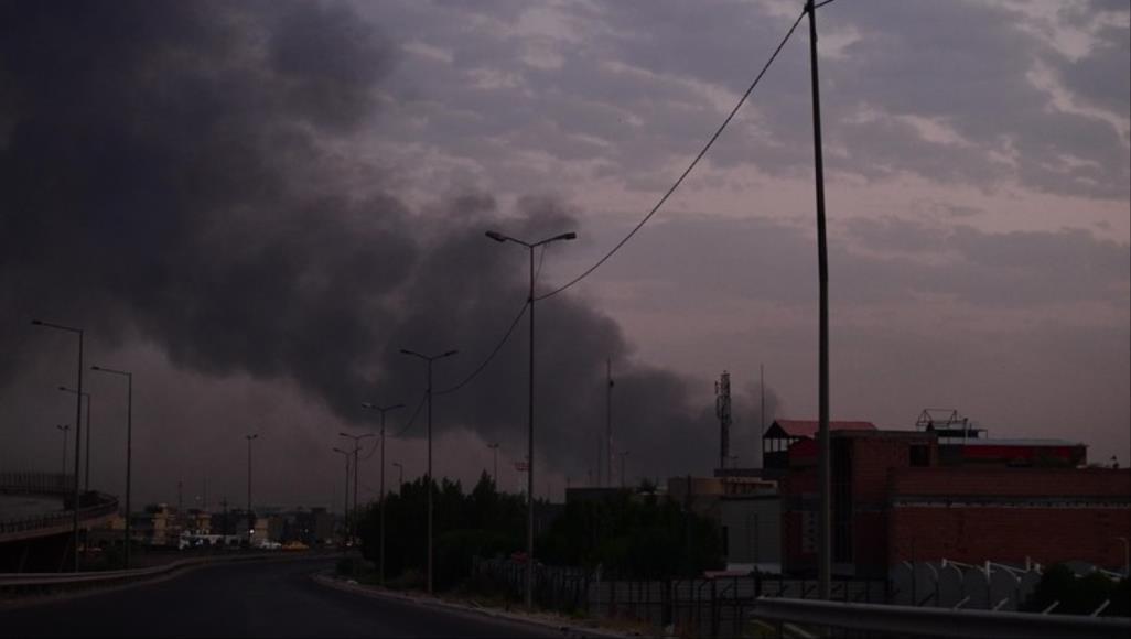 مصدر يكشف حقيقة تفجير مخزن العتاد: العراق ساحة لحرب تكسير عظام دولية