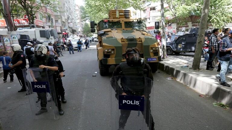 """الأمن التركي يوقف """"اميرين"""" بداعش والخادم الخاص للبغدادي"""