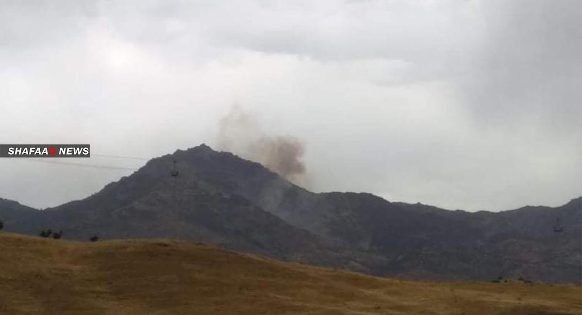 طائرة مجهولة تحلق على علو منخفض فوق بلدة بإقليم كوردستان