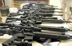 السلطات العراقية تمنح 44 الف رخصة سلاح
