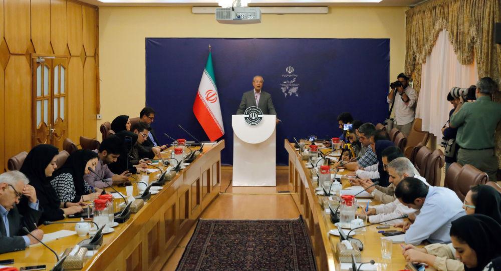 """إيران ترد على اتهامات امريكية بـ""""سخرية"""": تحتل العراق وتقصف شعبه بلا حياء"""