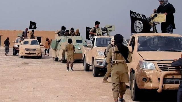 """داعش يخفق بتنفيذ """"غزوات رمضان"""" بمحافظة عراقية ويفقد شعارا لطالما اغوى به"""
