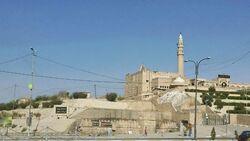 امريكا تخصص حراسا محليين لقبر النبي يونس بعد تعرضه لتنقيب غير قانوني