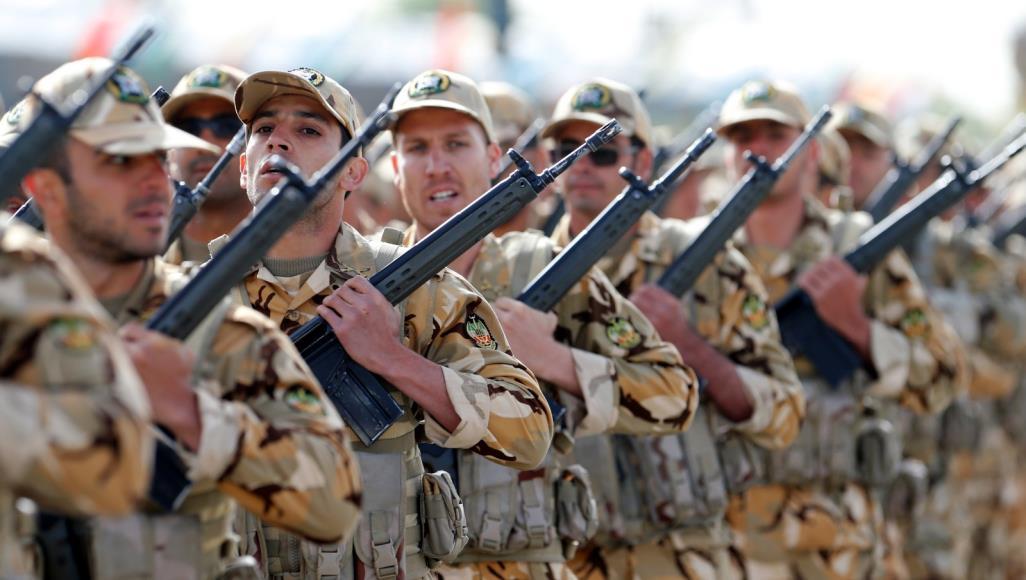 ئيران له نزيك مهرزهيلێ وهل عراق دهسكرده ئهنجامداين مانوڕاى سهربازێ