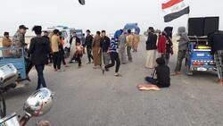 محتجون يغلقون طريقا مؤديا لمصفاة نفطية في العراق