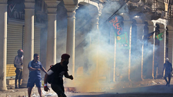 Dozens of people suffocate, security spread heavily in Baghdad bridges