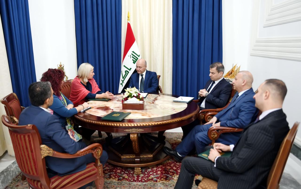 """صالح يبحث مع الامم المتحدة اجراء انتخابات """"نزيهة"""" وتعديل الدستور"""